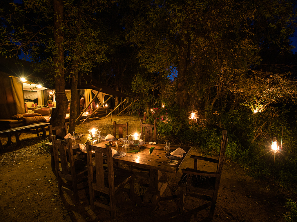 great-plains-conservation-mara-expedition-dining