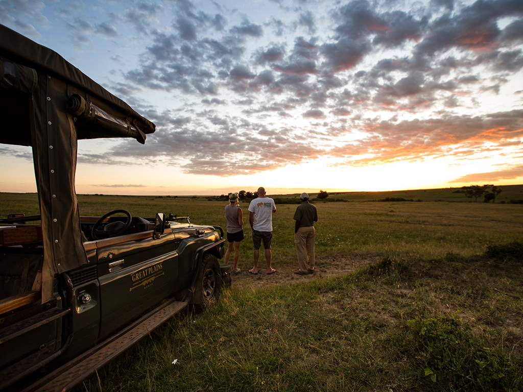 great-plains-conservation-mara-expedition-guests-sunrise