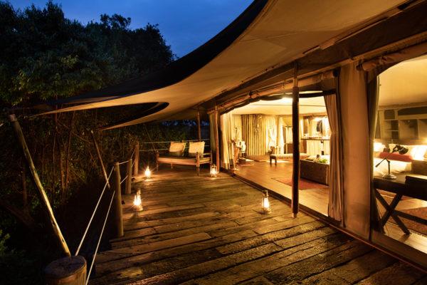 greatplains-mara-plains-jahazi-suite-bedroom-deck